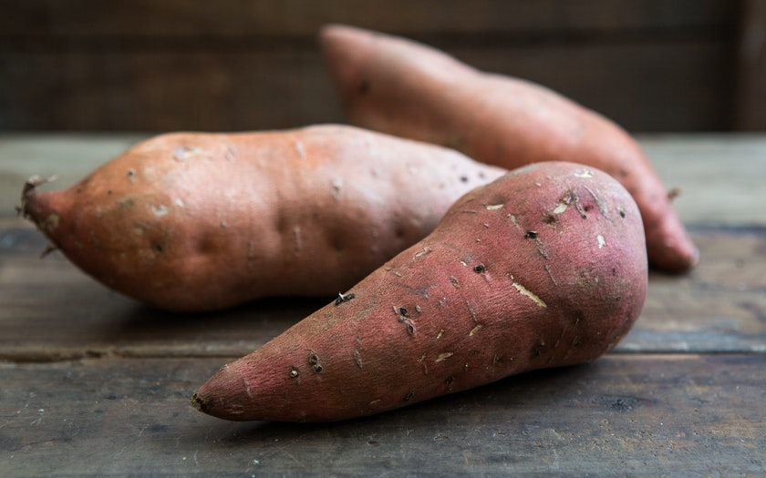 Organic Medium Garnet Sweet Potatoes