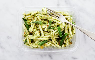 Pesto Pasta Salad with Mozzarella and Green Beans