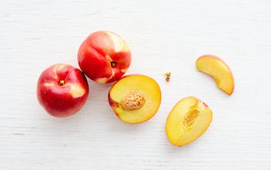 Organic Red Roy Yellow Nectarines