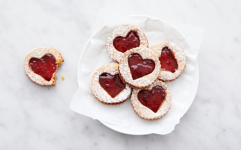 Valentine's Day Raspberry Linzer Cookies