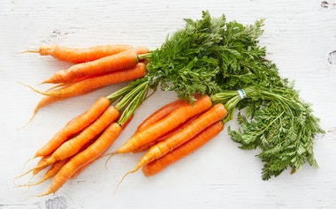 Organic Bunched Nantes Carrot Trio