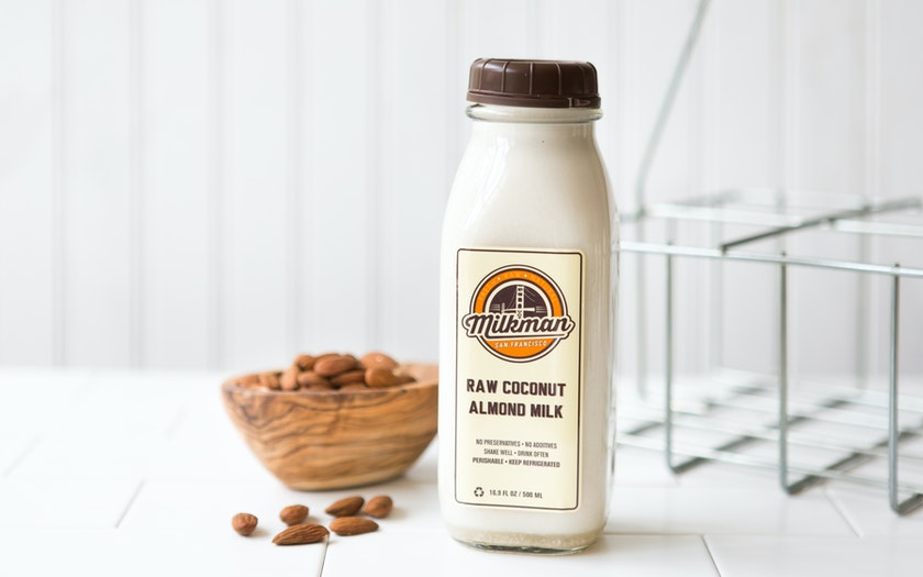 Raw Coconut Almond Milk (Pint)
