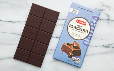 Organic Dark Blackout Chocolate Bar (85%)