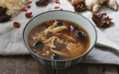 Qing Ji Tong: Herbal Chicken Soup