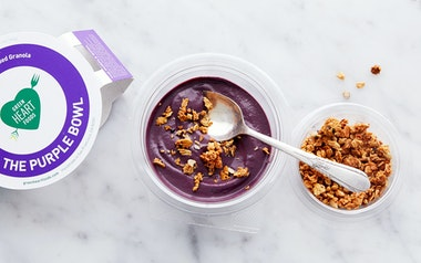 Açaí Pudding with Granola