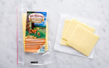 Organic Sliced Medium Cheddar