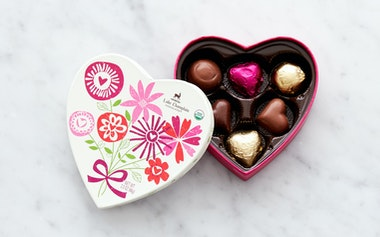 Organic Celebration Heart Box