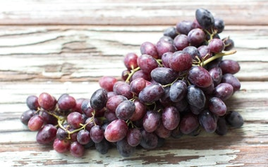 Organic Autumn Royal Grapes