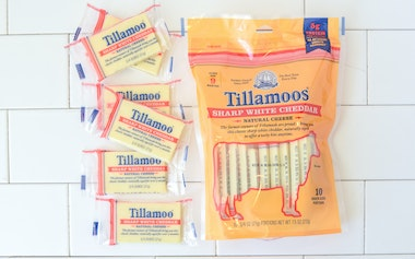 Sharp White Cheddar Tillamoos