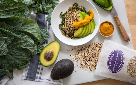 Quinoa, Kale & Avocado Bowl with Ginger Dressing, Serves 4